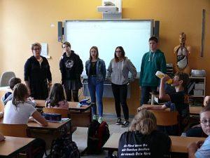 Patenklassen im Schulzentrum Neutrebbin in gemeinsamer Aktion 31.08.2018 Klasse6 + 10 2